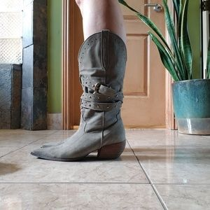 Vizzano Cowboy Boots Green Suede with gold accents